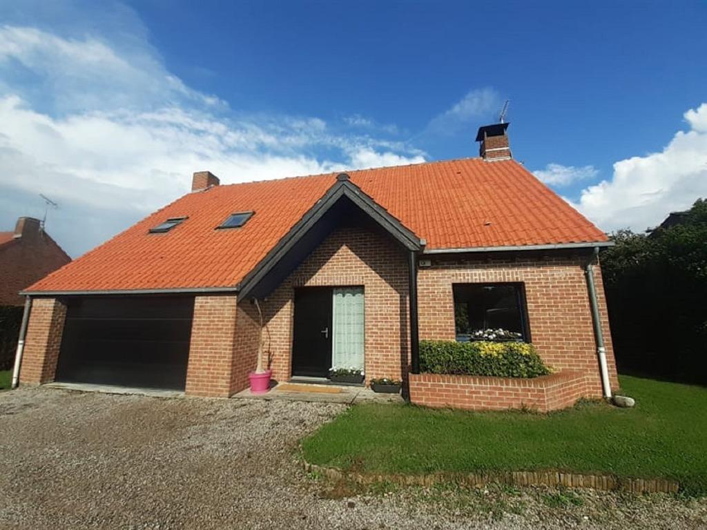 Vente maison 59249 Aubers - Belle Maison Individuelle 4 chambres