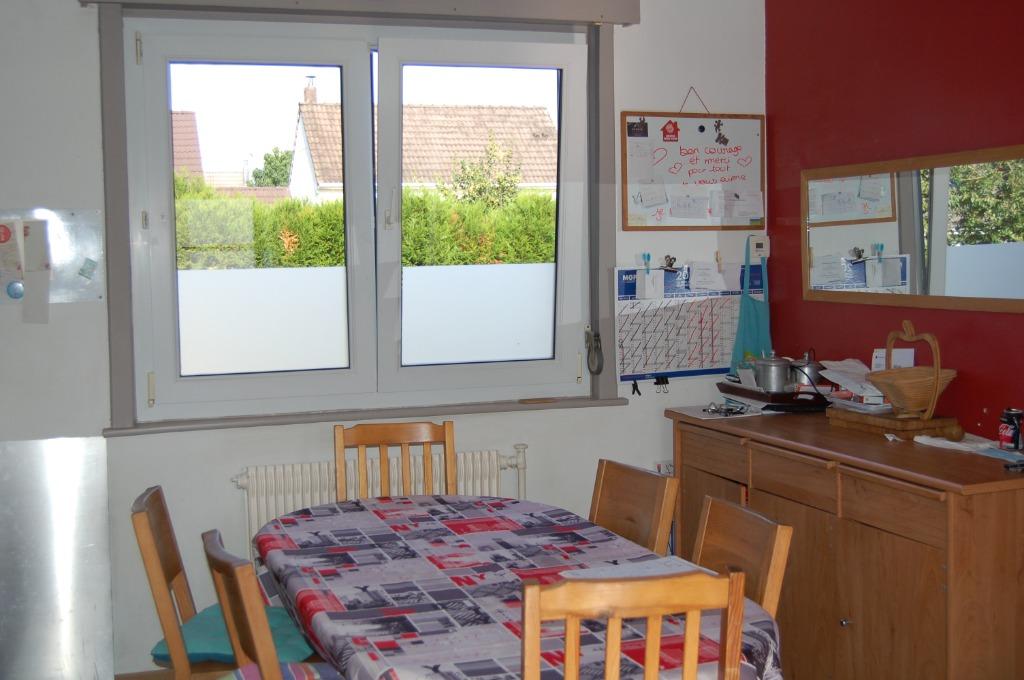 Maison 3 chambres ,bureau avec sous sol