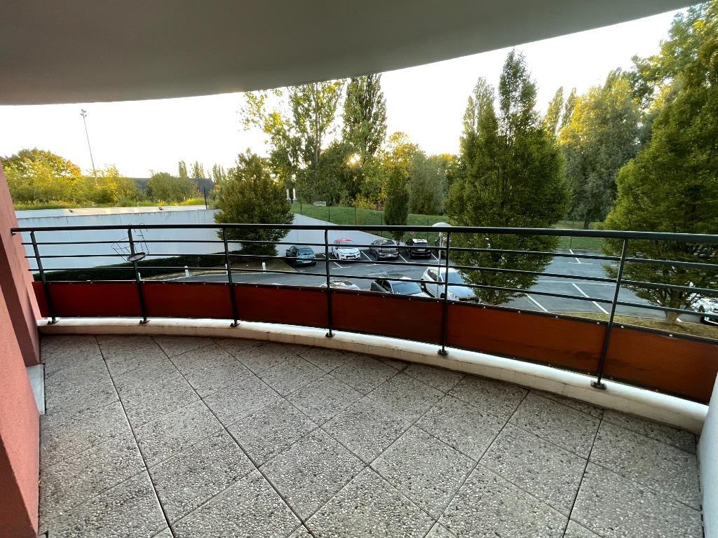 LA MADELEINE - T3 avec grands balcons et parking