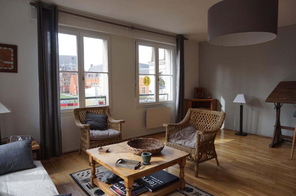 Vente appartement - Vieux Lille proche place du Concert / appartement 94m²