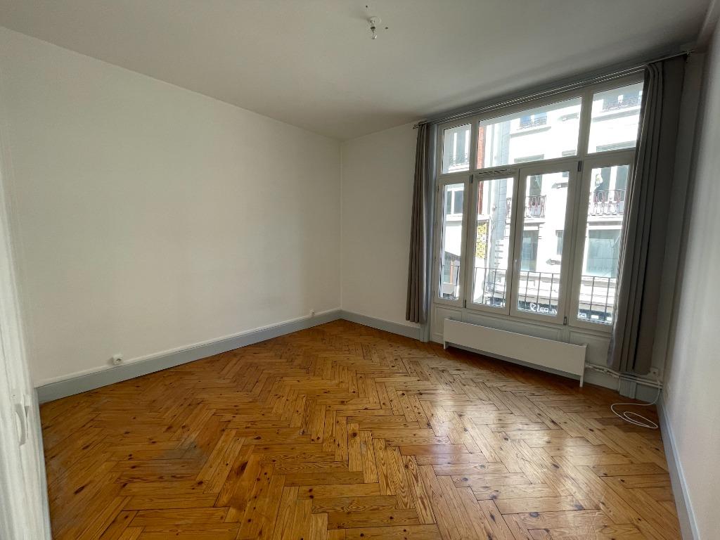 Location appartement 59000 Lille - Lille Hyper centre - T3 avec Parking non meublé de 77,58m²