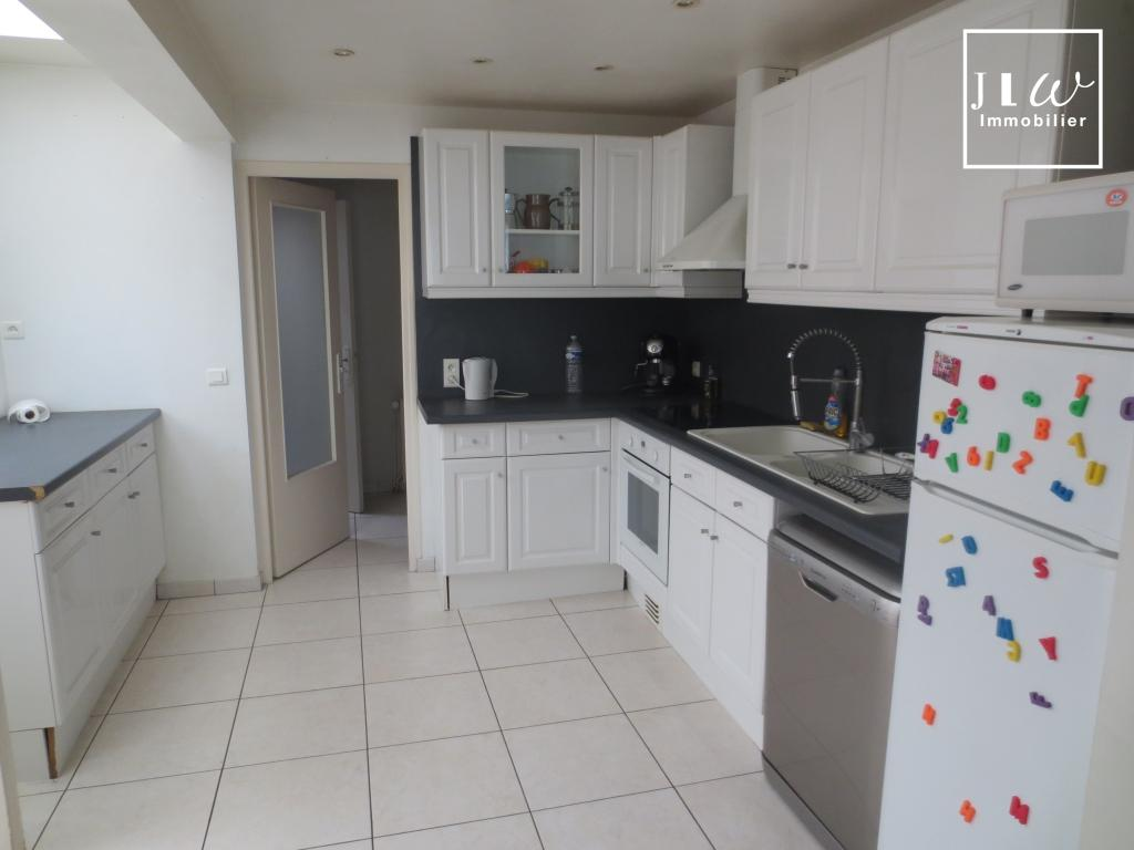 Location appartement 59000 Lille - Lille Saint Michel - Type 3 meublé en triplex de 88,19m²