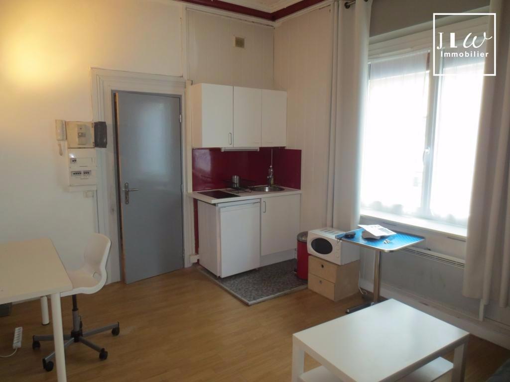 Location appartement 59000 Lille - Type 1 bis prêt de meubles de 27.89m²