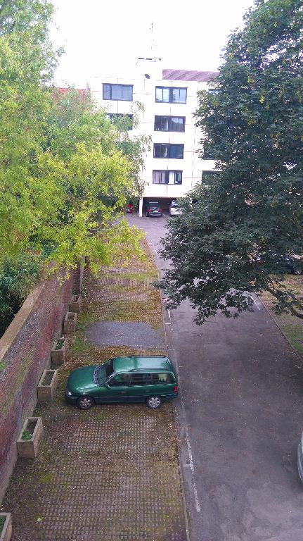 Lille - St Maurice - Studio meublé de 28,83m² avec parking