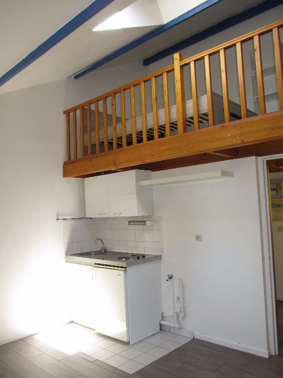 Location appartement 59000 Lille - Lille/SAINT MICHEL - studio non meublé de 25.71m²