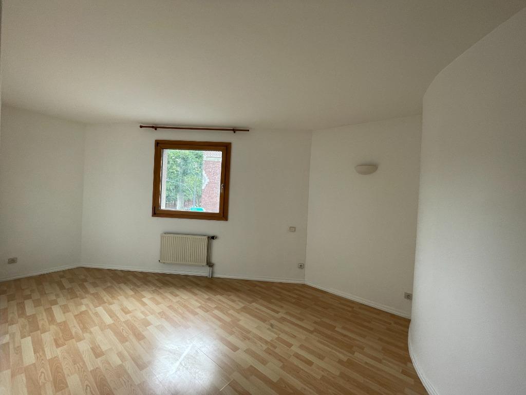 Lille - Type 3 non meublé de 65m² rue de Cambrai