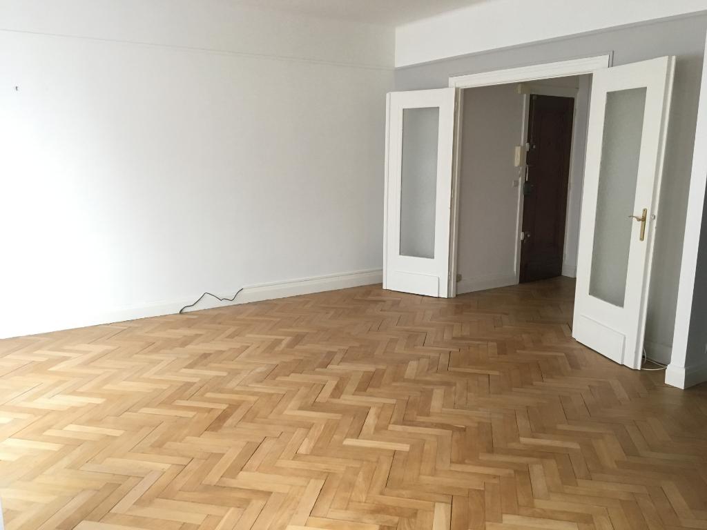 République Beaux Arts - Type 2 non meublé de 59.55m²